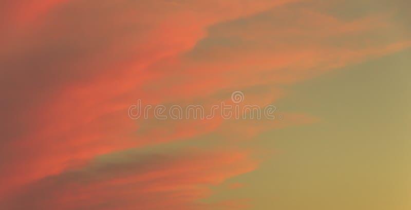 Himlen på solnedgången royaltyfri bild