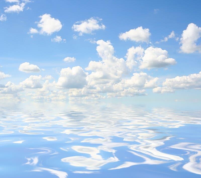 Himmel Überwasser stockbild