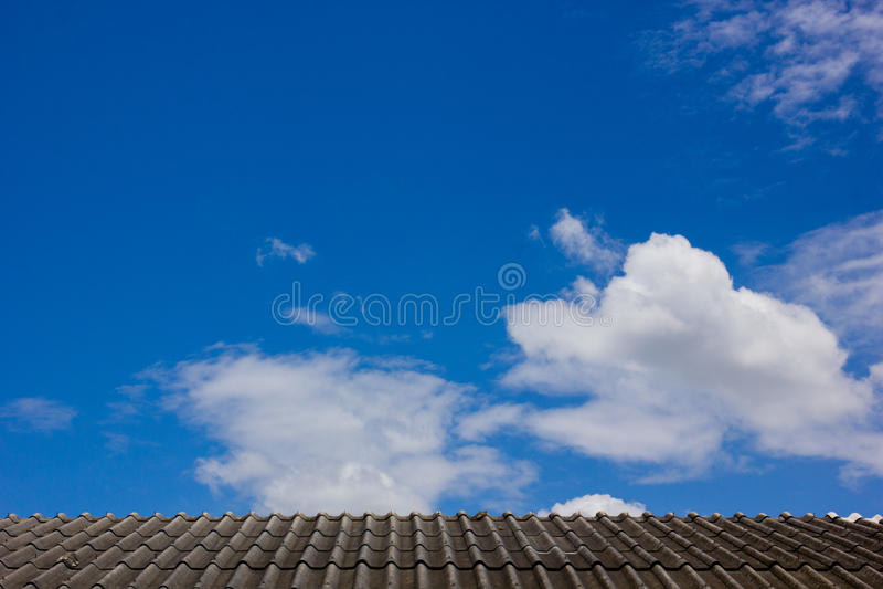 Himmel-Dach lizenzfreies stockbild