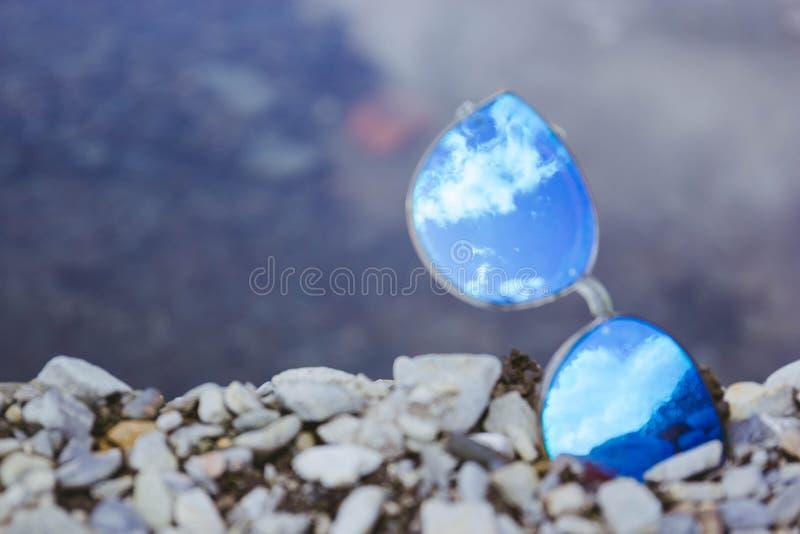 Himmel i exponeringsglas arkivfoto