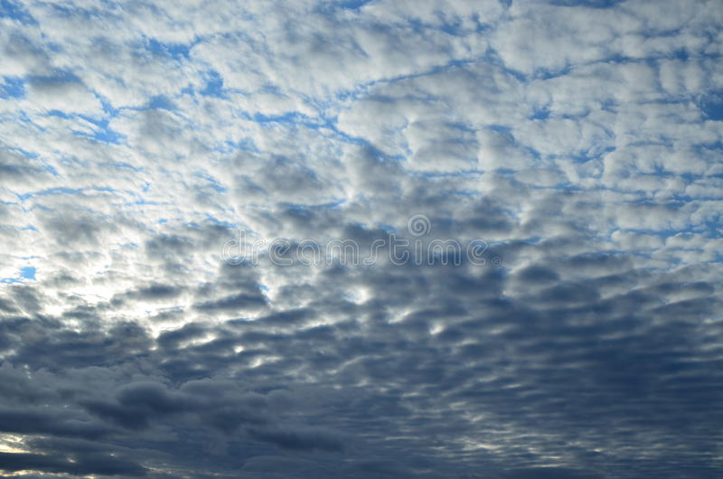 Himmel i Hanty-Mansiysk Okrug arkivfoton