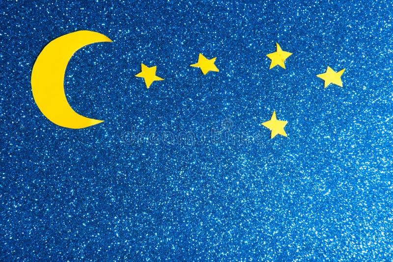 Himmel mit Mond und Sternen lizenzfreie stockbilder