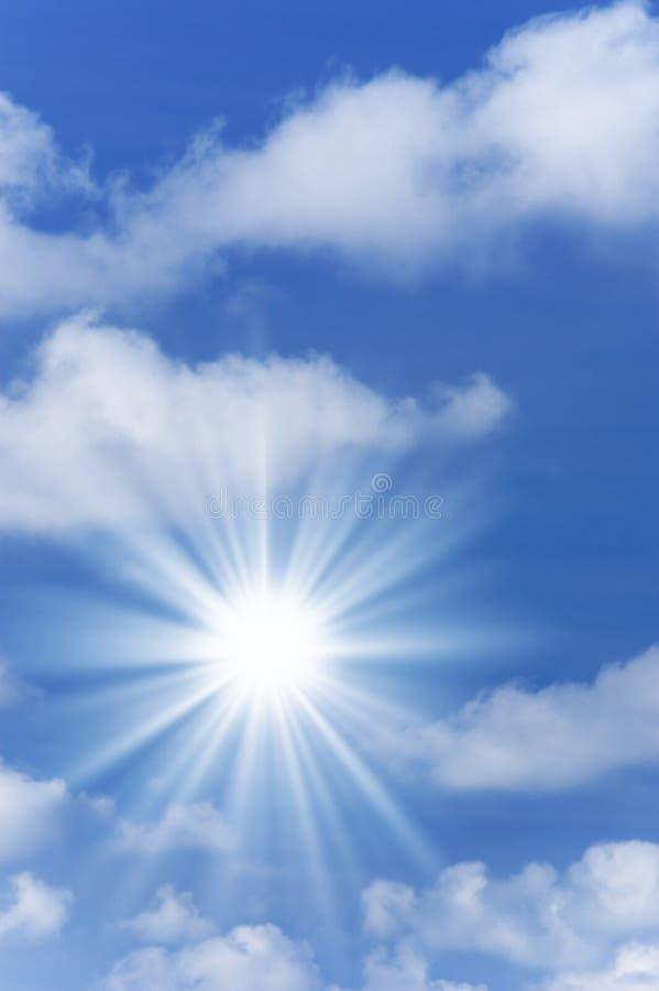 Himmel mit Tageslicht stockbild