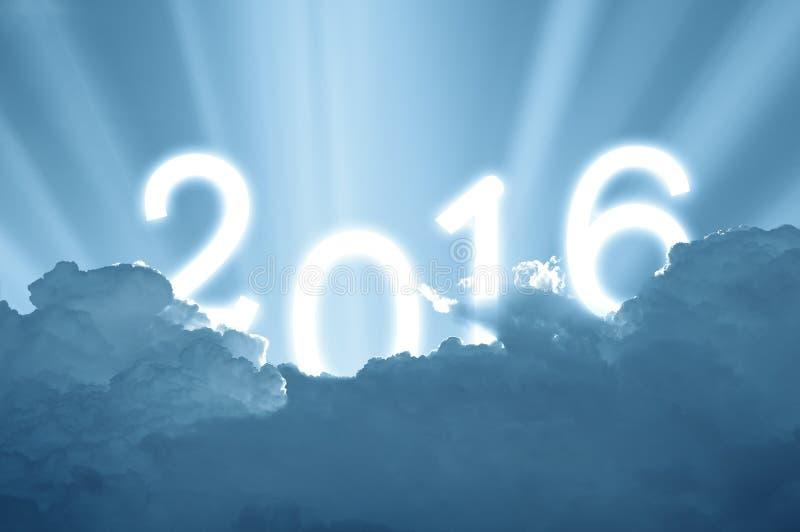 Himmel und Sonnenlicht 2016, neues Jahr des Hintergrundes lizenzfreie stockbilder