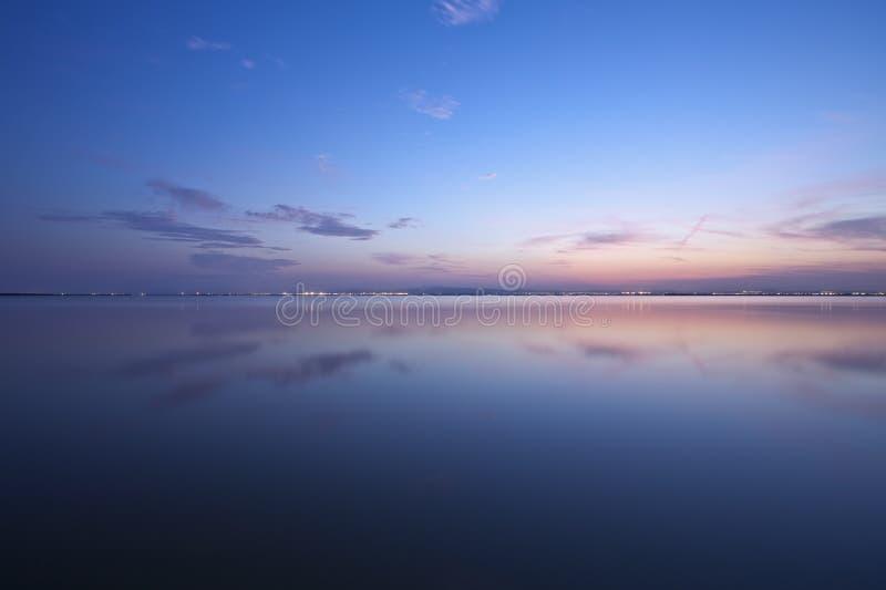 Himmel und Wasser lizenzfreie stockfotografie