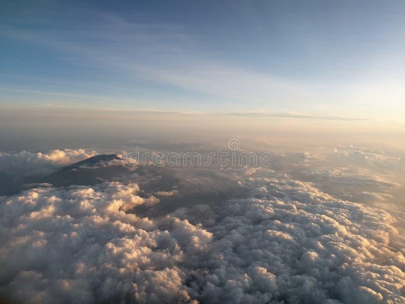Himmel und Wolke lizenzfreies stockfoto
