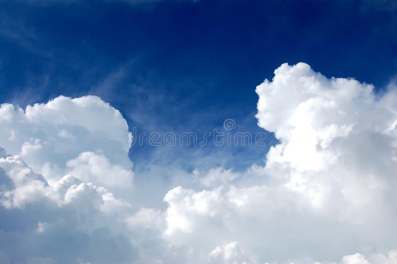 Himmel und Wolken stockfotografie