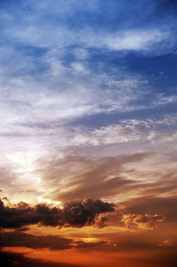 Himmel-Vertikale-Hintergrund stockfotos