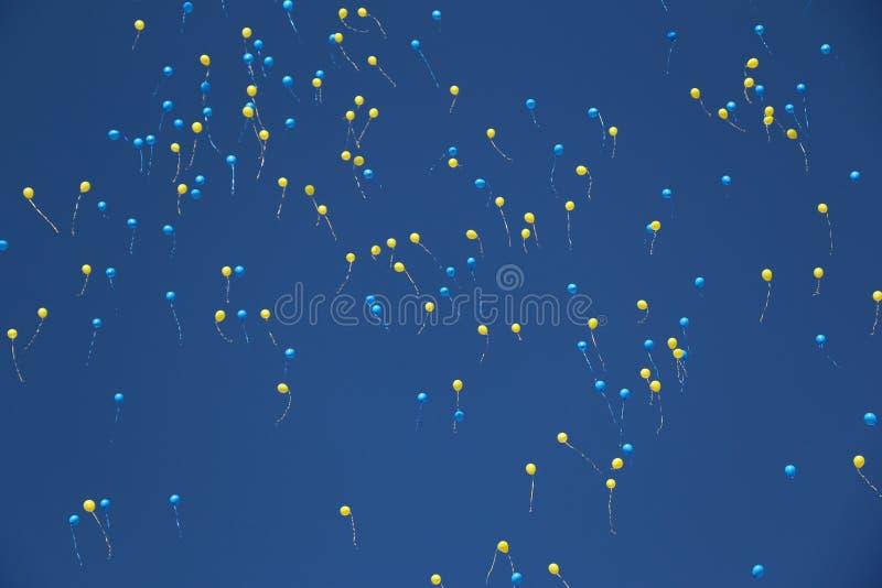 Himmelbollar, pärlor arkivbild