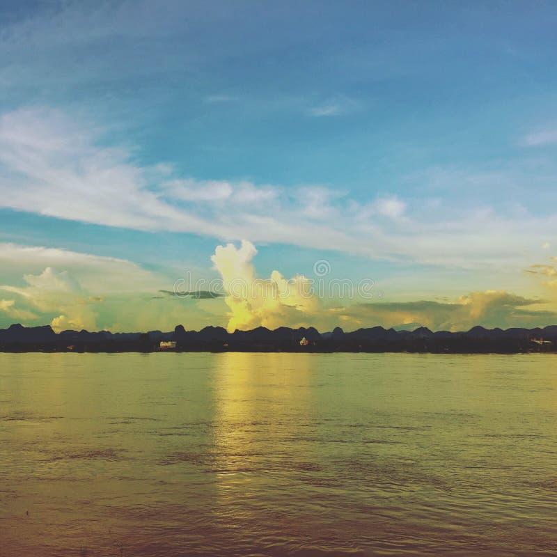 Himmelnatur-Flussblau stockbild