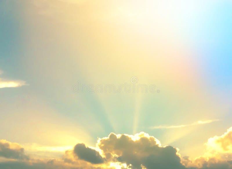 Himmlische Strahlen stockfoto