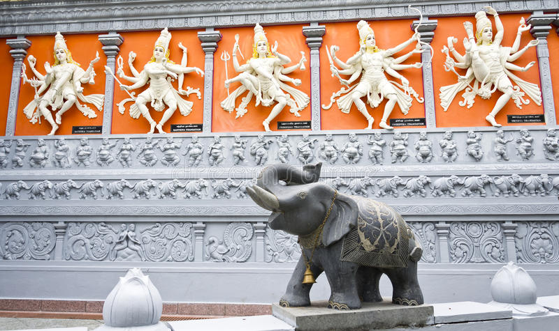 Hindi Gods och elefant royaltyfria foton