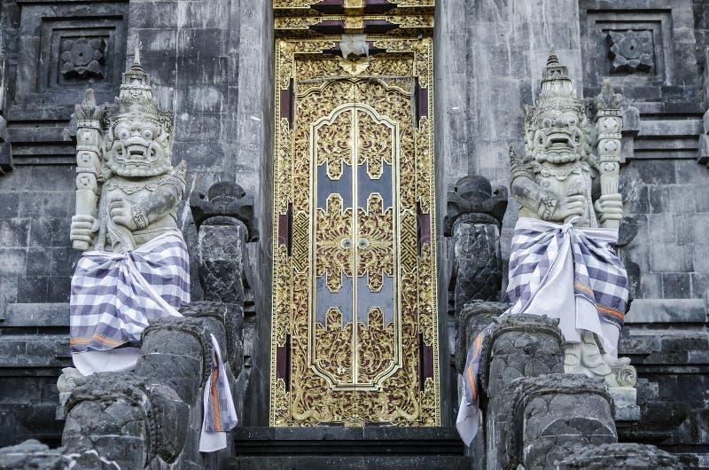 Hindoes de tempel buitendetail van Pura Goa Lawah in Bali Indonesië royalty-vrije stock afbeelding