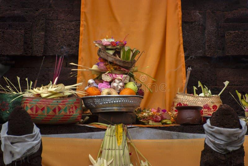 Hindoes Dienstenaanbod bij een Tempel in Bali, Indonesië royalty-vrije stock foto's