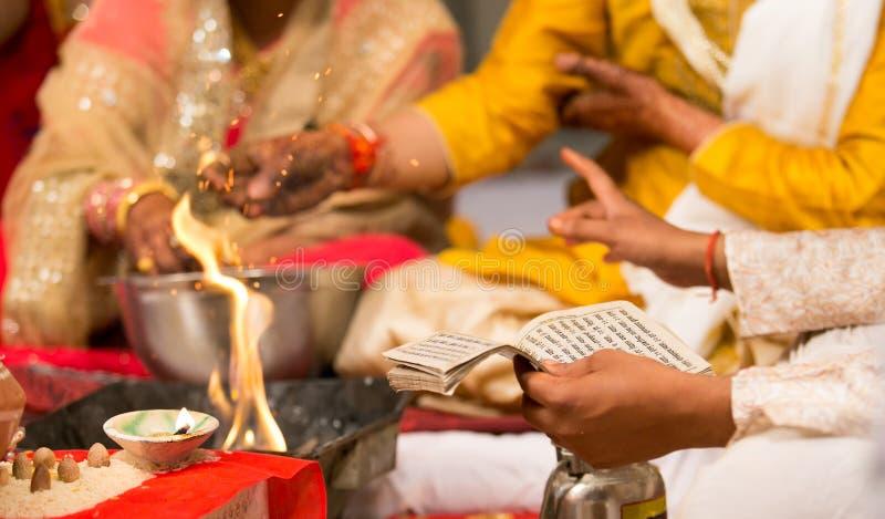 Hindoes Huwelijk India stock foto's