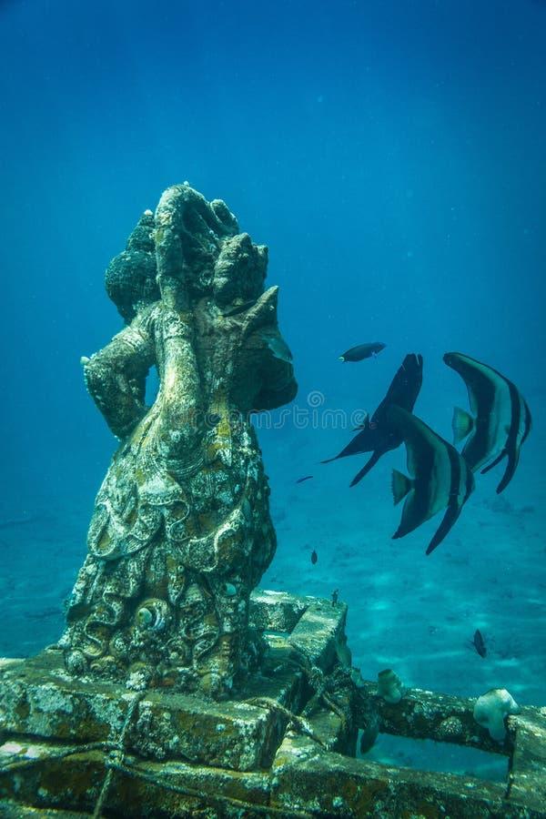 Hindoes Onderwaterstandbeeld van Ganesha, Amed, Bali stock afbeelding