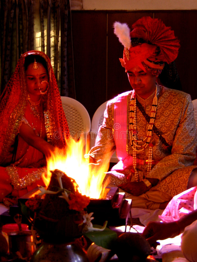 Hindu Marriage Couple royalty free stock photos
