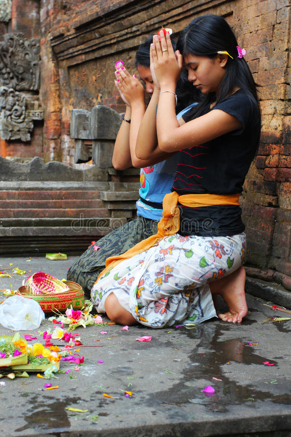 Download Hindu prayers editorial stock photo. Image of prayer - 21591298