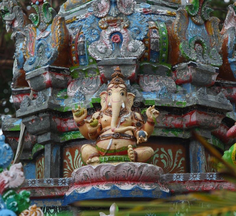Hinduisk ganeshastaty arkivfoto