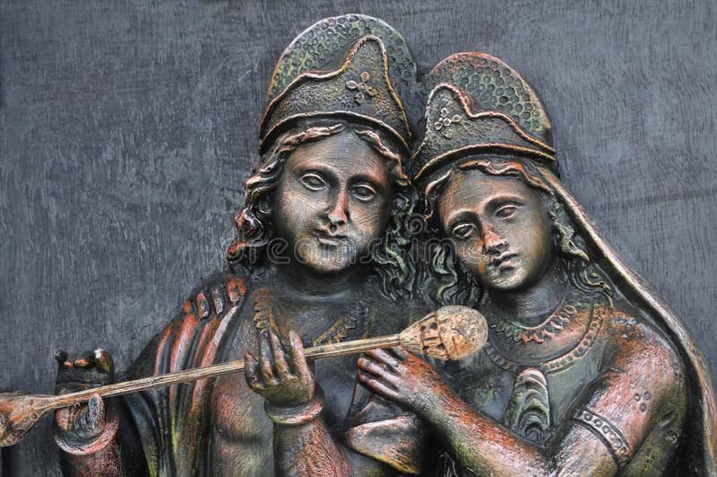 Hinduisk gud Krishna och gudinna Radha. royaltyfria foton