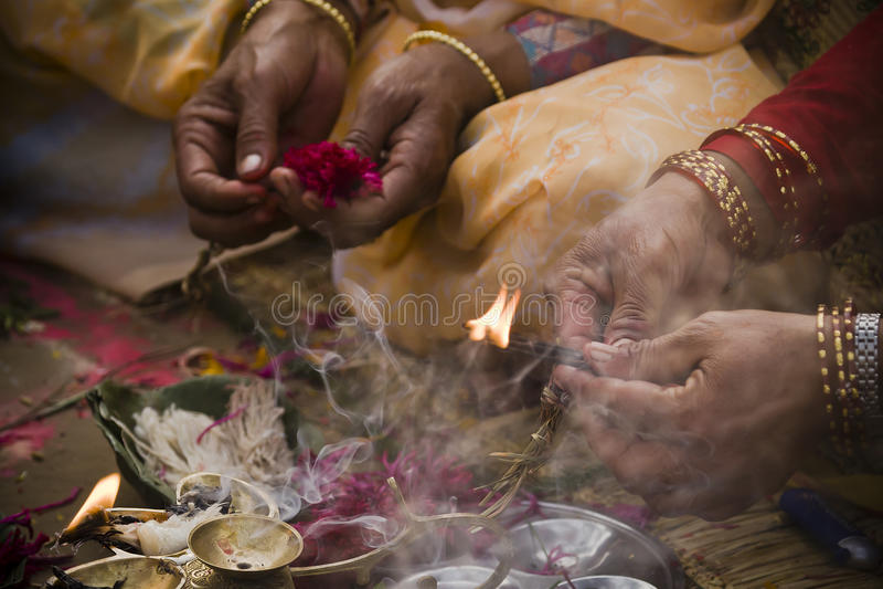 Hinduisk religiös ceremoni på tillfället av Shivaratri, Nepal royaltyfria foton
