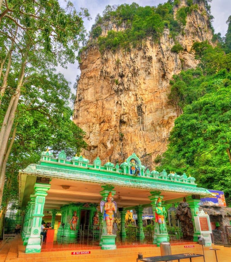 Hinduisk tempel på den Ramayana grottan, Batu grottor i Kuala Lumpur, Malaysia fotografering för bildbyråer
