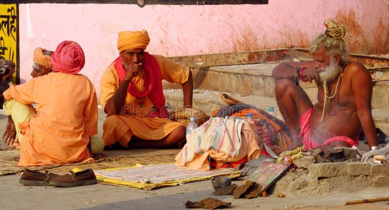 Hinduiskt vallfärda mannen i Indien royaltyfri bild