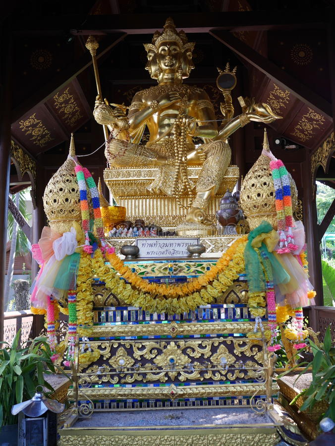 Hinduizm statua lub phra phrom w Tajlandia obrazy stock