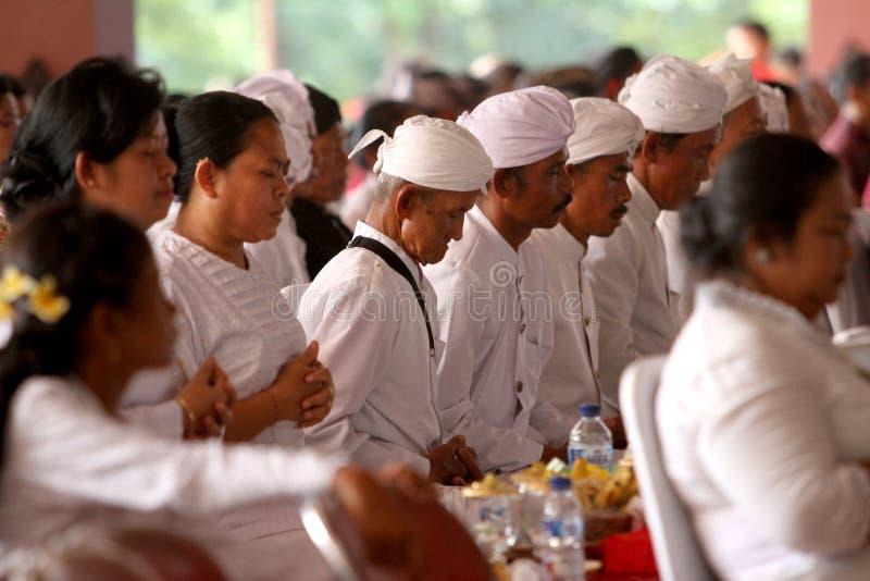Hindus bidt stock afbeelding