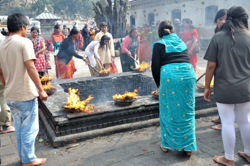 Hindus be fotografering för bildbyråer