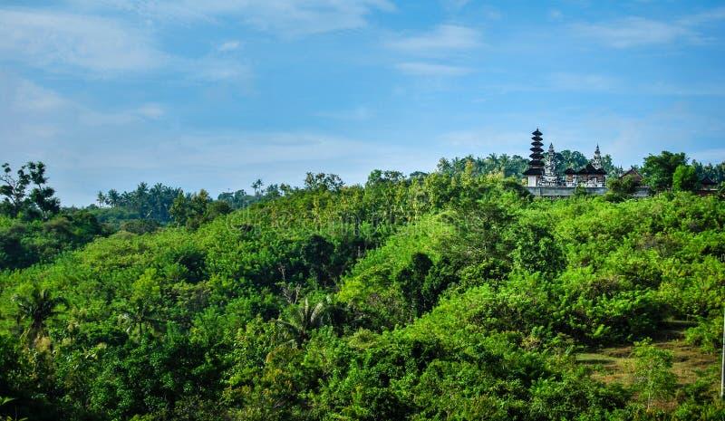 Hinduska świątynia na wierzchołku góra, Indonezja obraz royalty free