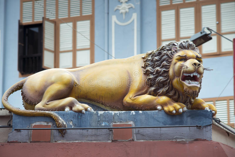 Download Hinduskiej świątyni lew zdjęcie stock. Obraz złożonej z singapur - 65225846