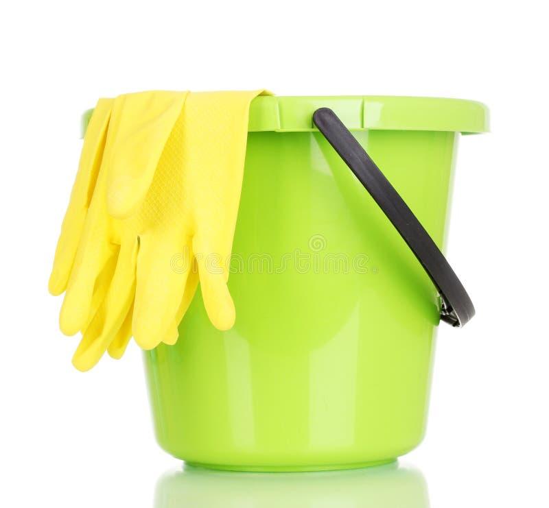 Hink och handskar för cleaning arkivfoto