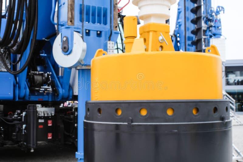 Hinkborrandeutrustning för konstruktionsbransch och att trava maskineri som traver riggen royaltyfri bild