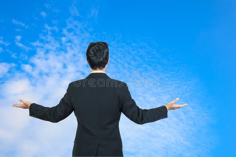 Hintere Ansicht des Geschäftsmannes stockbild