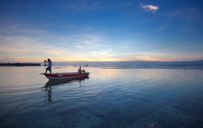 Hinteres Boot auf dem Meer von Bali-Insel stockbild