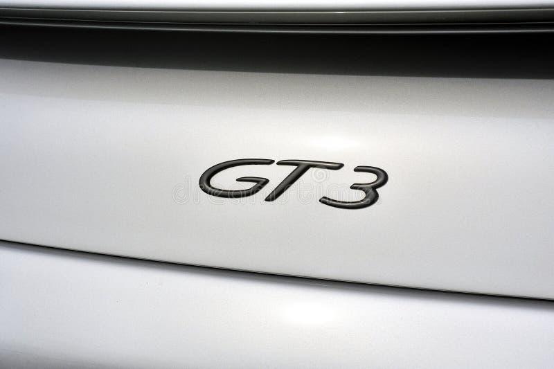 Hinteres Detail über das Logo GT3 eines Sportautos grauer Porsche auf einer Gleichheit lizenzfreie stockbilder