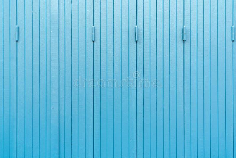 Hintergrund aus blauem Holz, gealtert und Rissbildung lizenzfreie stockfotos