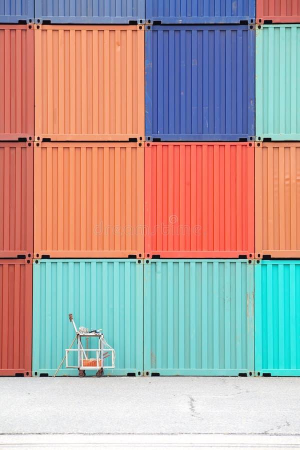 FrachtVersandbehälter stockfotografie