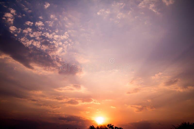 Hintergrund des Sonnenuntergangs stockbild