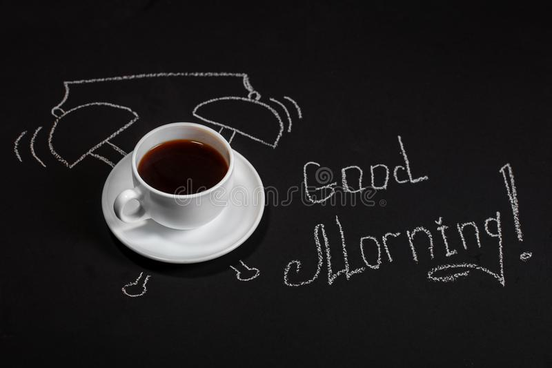 Hintergrund mit einer Schale köstlichem Kaffee Guten Morgen Der Betrug stockfoto