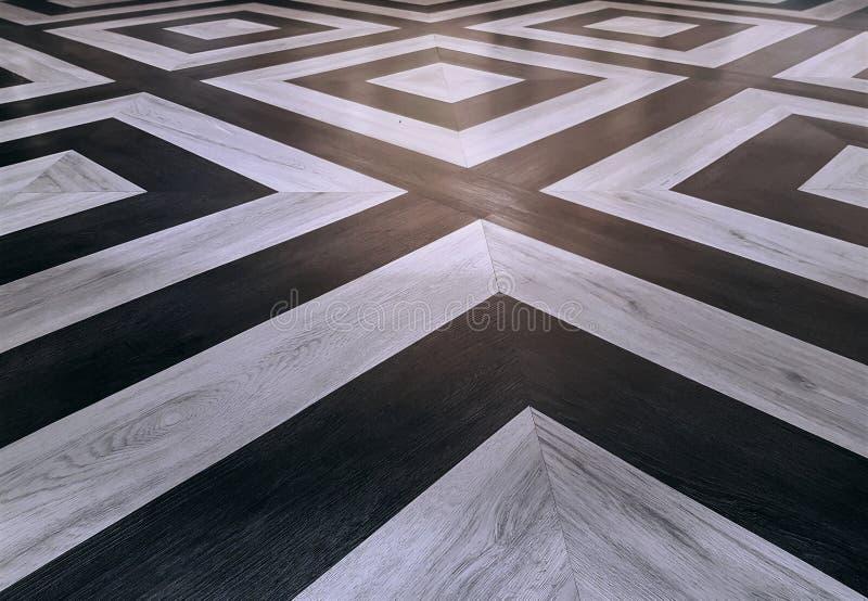 Hintergrund Perspektiven-hölzerne Beschaffenheits-des quadratischen Muster-Schwarzweiss-Bodens stockbild