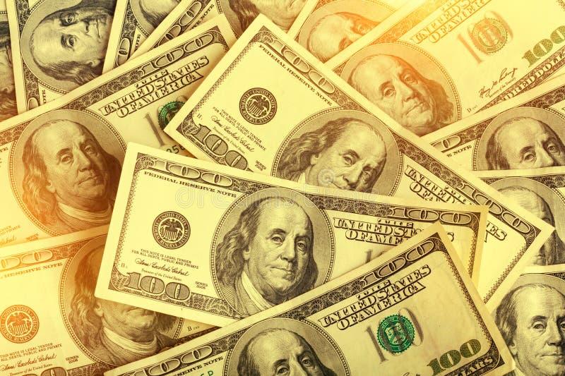 Hintergrund von hundert Dollarscheinen für Design lizenzfreie stockfotografie