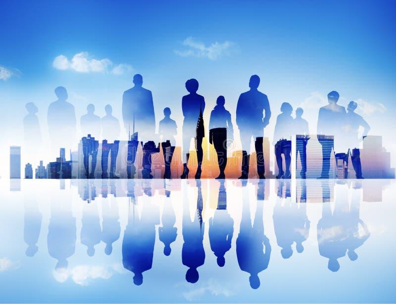 Hintergrundbeleuchtete der Unternehmensstadtbild-Geschäftsleute Zusammengehörigkeits-Concep stockfotos