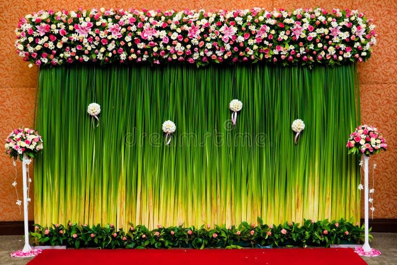 Hintergrundblumen für Hochzeitszeremonie stockfoto