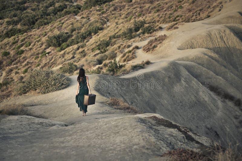 Hinuntergehen den Hügel stockfotos