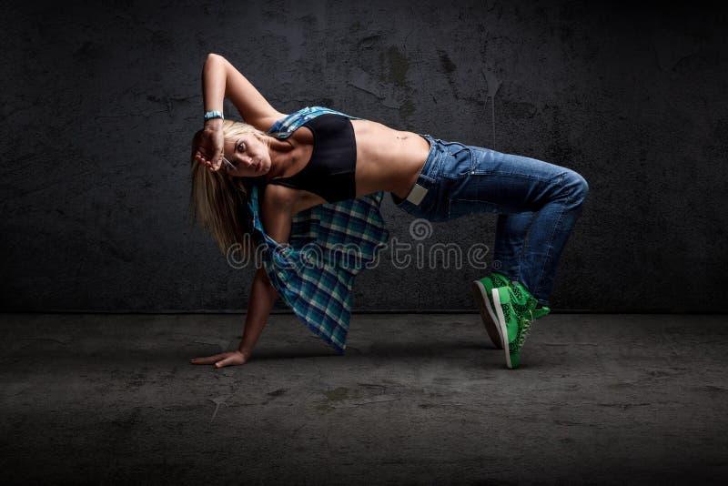 Hip-hop da dança da menina fotos de stock royalty free
