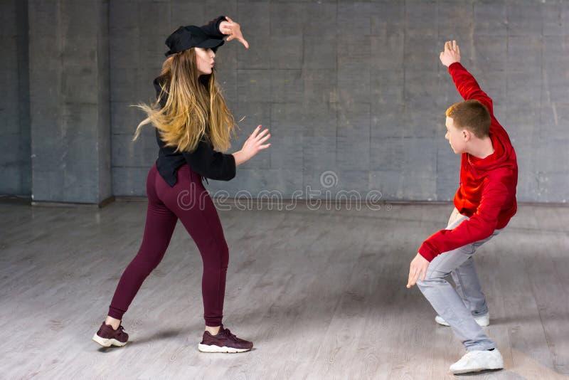 Hiphopdansers in actie royalty-vrije stock foto