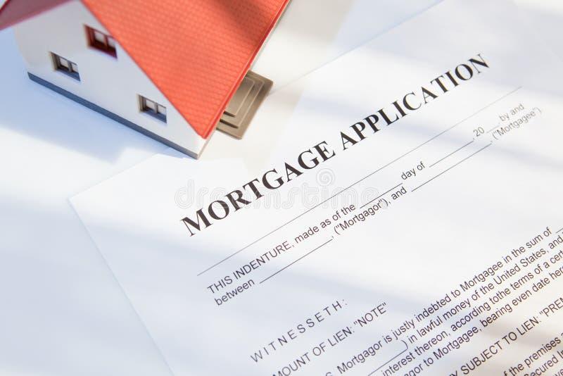 Hipoteca para bens imobiliários imagens de stock royalty free
