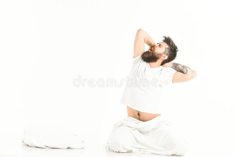 Hippie mit dem Bart, der Arme, Energie- und erfolgreich ausdehnt stockfotos